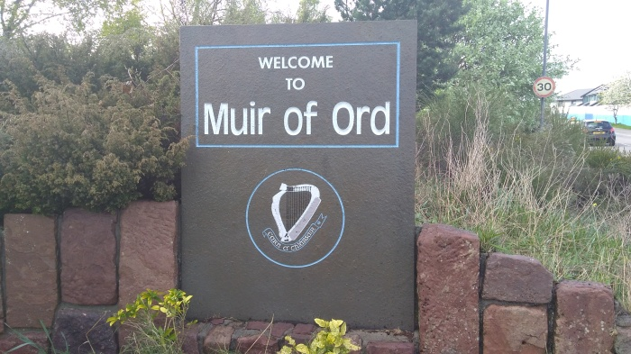 Welcome to Muir of Ord stone (after)